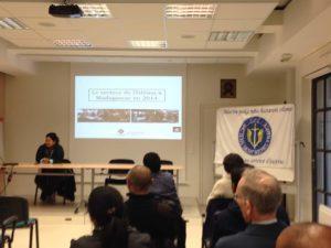 """Conférence """"Le Secteur de l'édition à Madagascar en 2014"""" par Madame Marie-Michèle RAZAFINTSALAMA"""