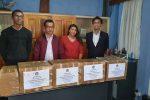 Le Président AINA et les représentants du Comité et Michaela